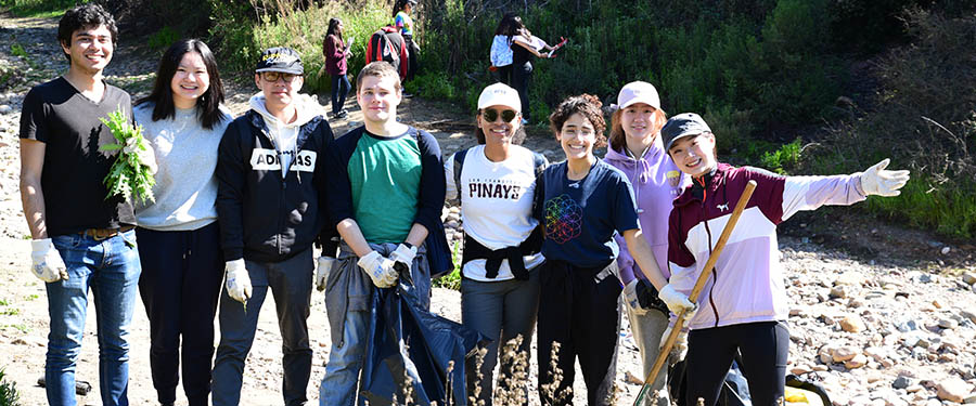 Students and I-House friends work together at a community service project - International House, UC San Diego